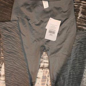 Fabletics seamless full length gray zebra leggings